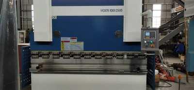 Гидравлический листогибочный пресс WC67K (100х2500) с ЧПУ Estun Е21